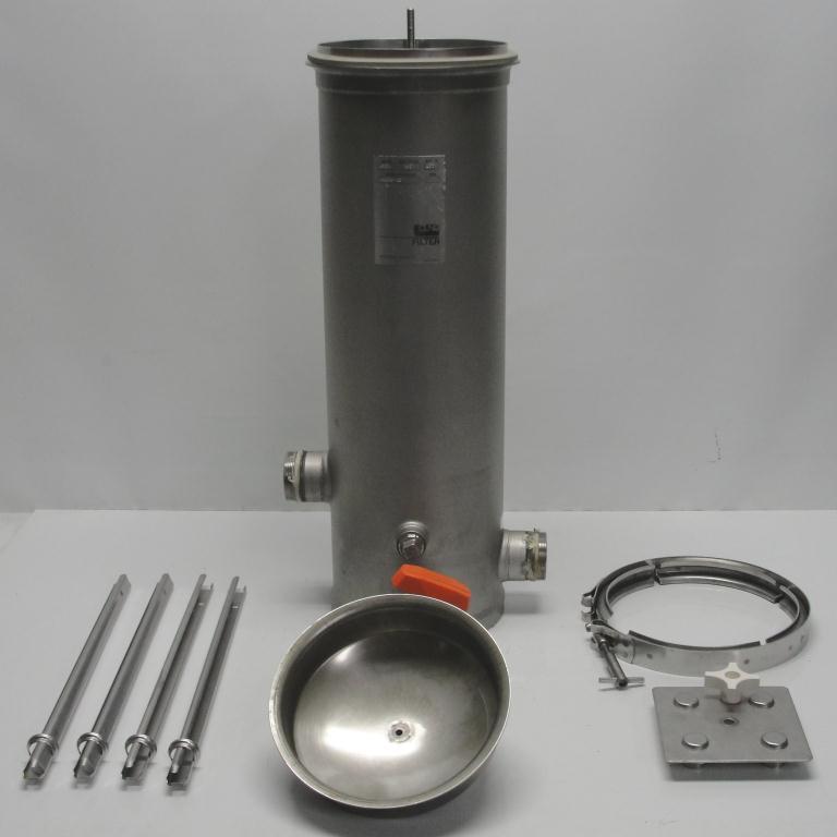 Filtration Equipment 4.4 sqft CUNO cartridge filter model 4DC2, 304 SS3