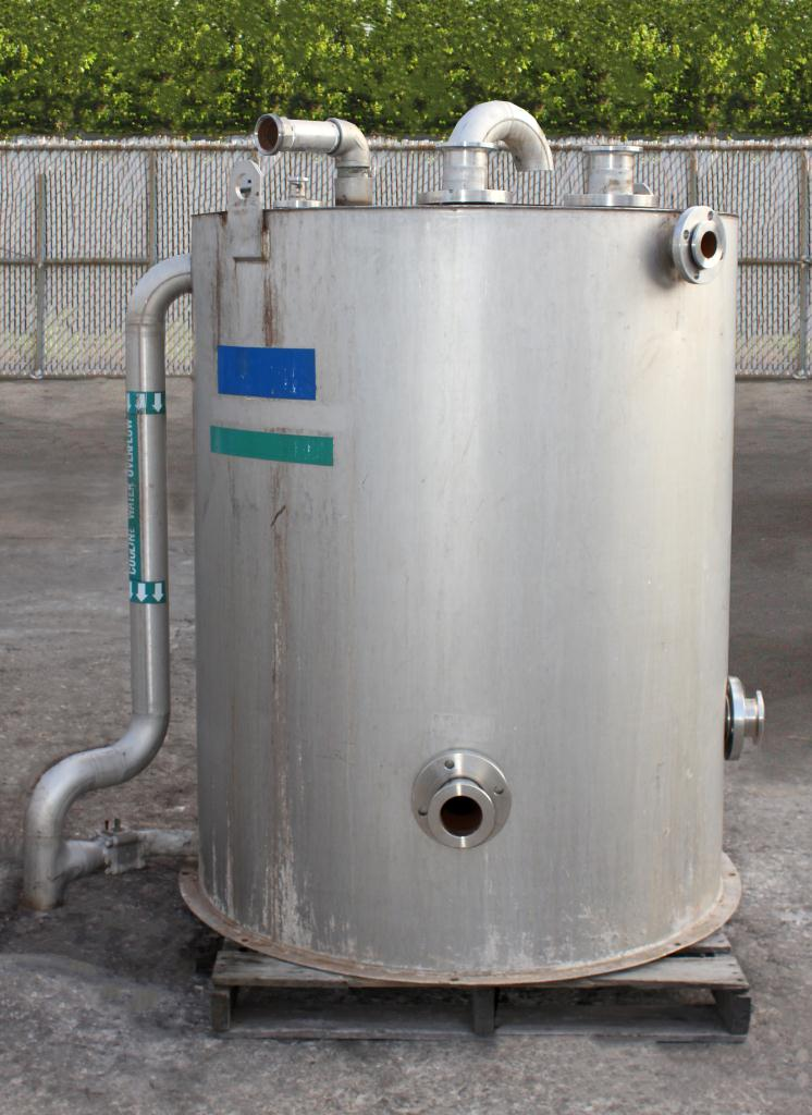Tank 375 gallon vertical tank, Stainless Steel