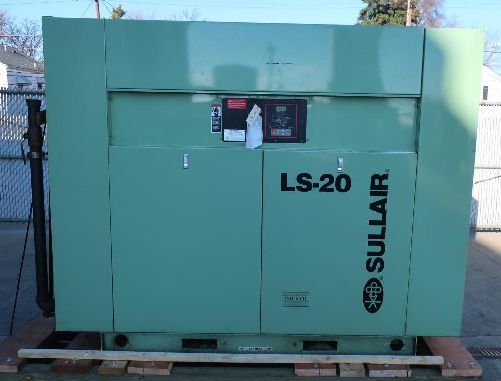 Compressor Sullair air compressor model LS20-100L AC, 500 cfm, Water cooled1