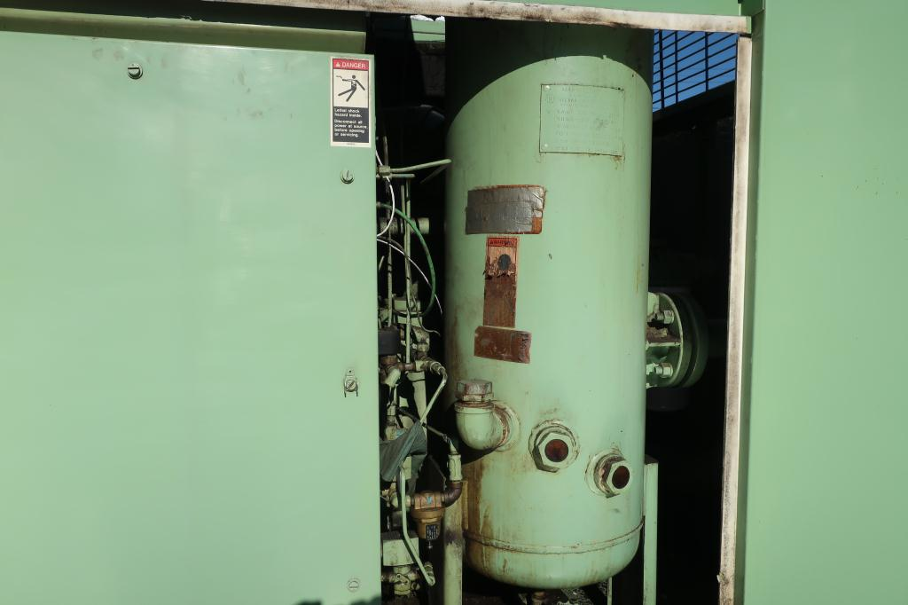 Compressor Sullair air compressor model LS20-100L AC, 500 cfm, Water cooled8