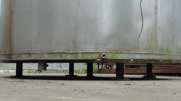 Tank 1,235 gallon vertical tank, Stainless Steel, flat bottom6