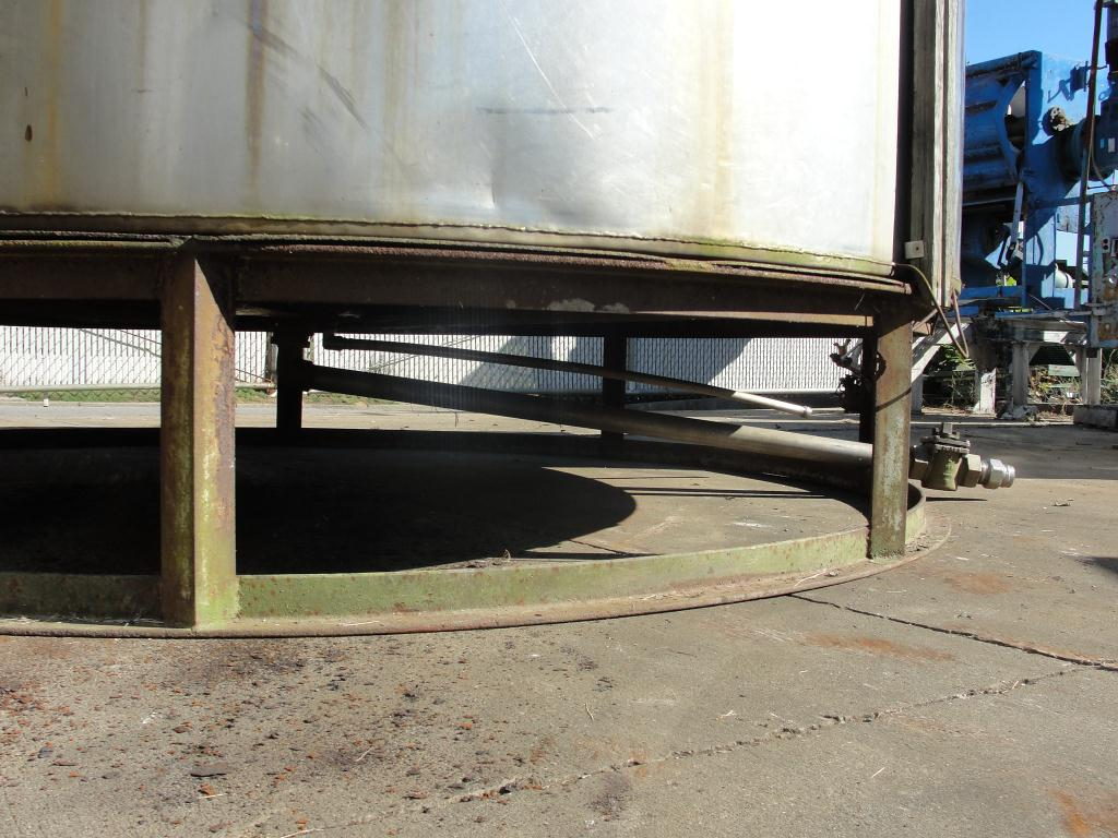 Tank 2940 gallon vertical tank, Stainless Steel5