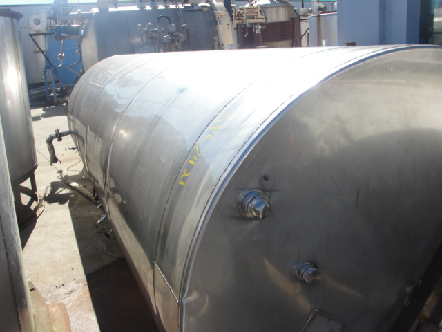 Tank 2500 gallon vertical tank, Stainless Steel, flat Bottom