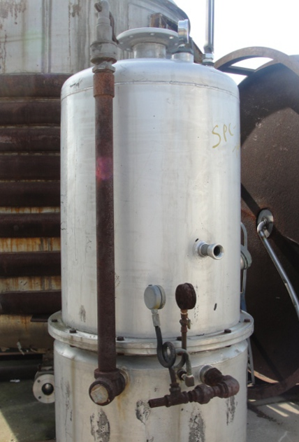 Tank 120 gallon vertical tank, Stainless Steel, 15 PSI @250 degrees F jacket, dish bottom5