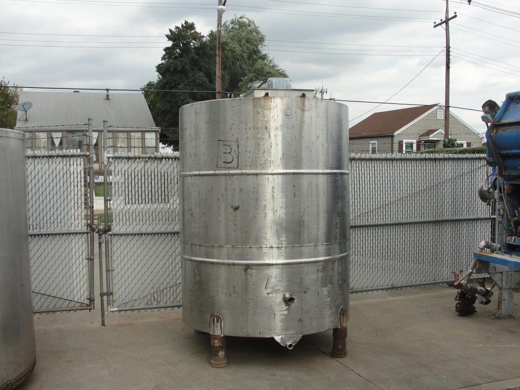 Tank 1000 gallon vertical tank, Stainless Steel, bottom1