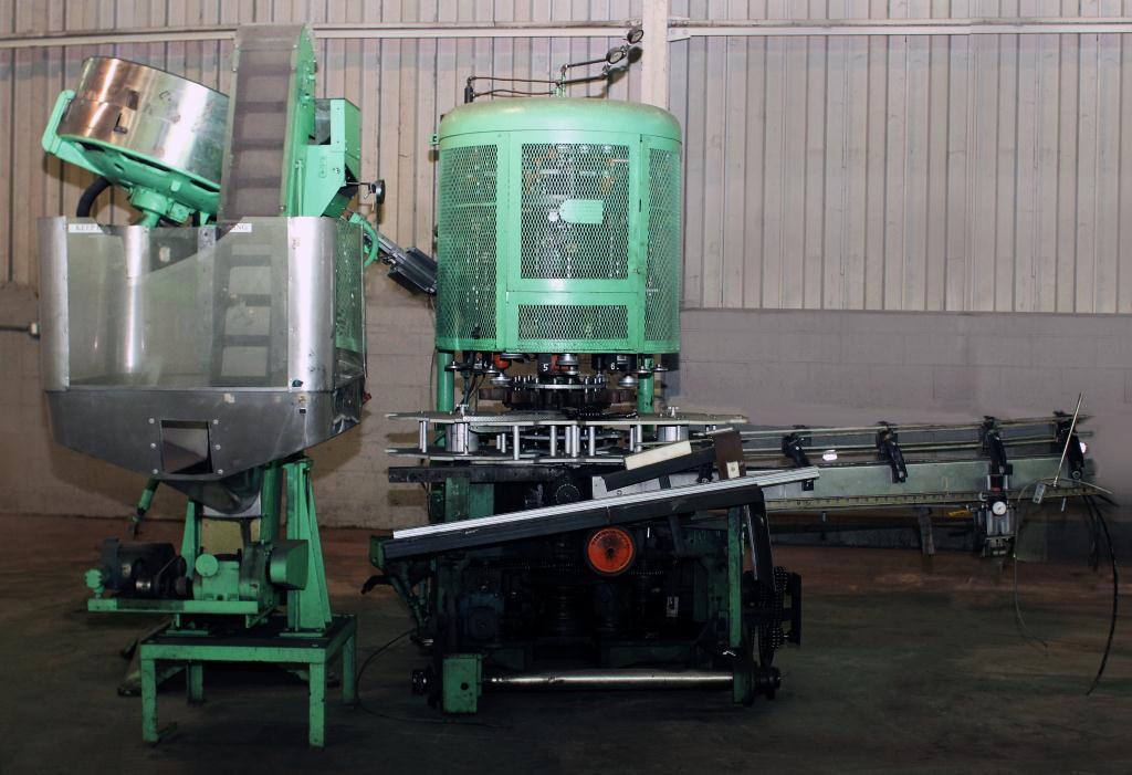 Capping Machine Pneumatic Scale screw capper model Pneumacap, 33 mm chucks1