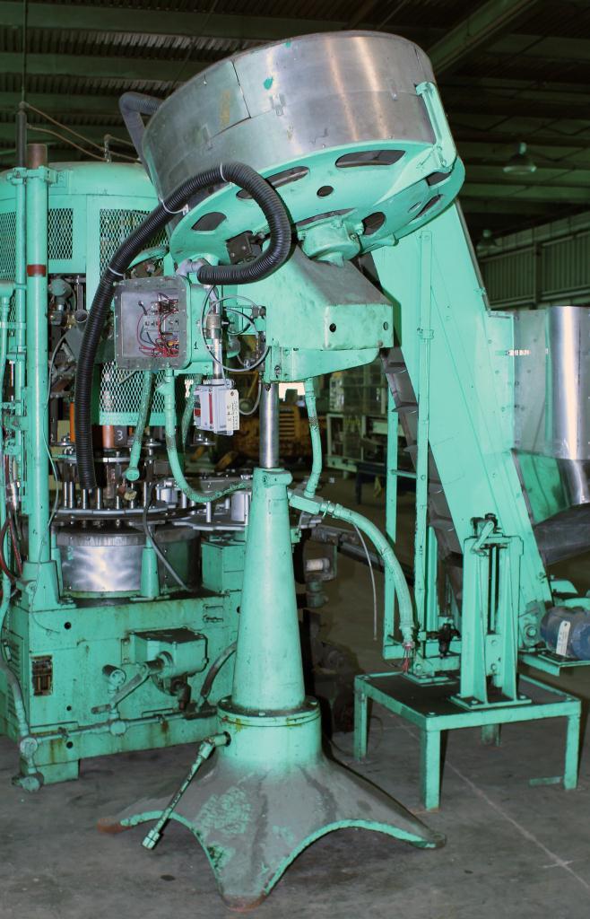 Capping Machine Pneumatic Scale screw capper model Pneumacap, 33 mm chucks2
