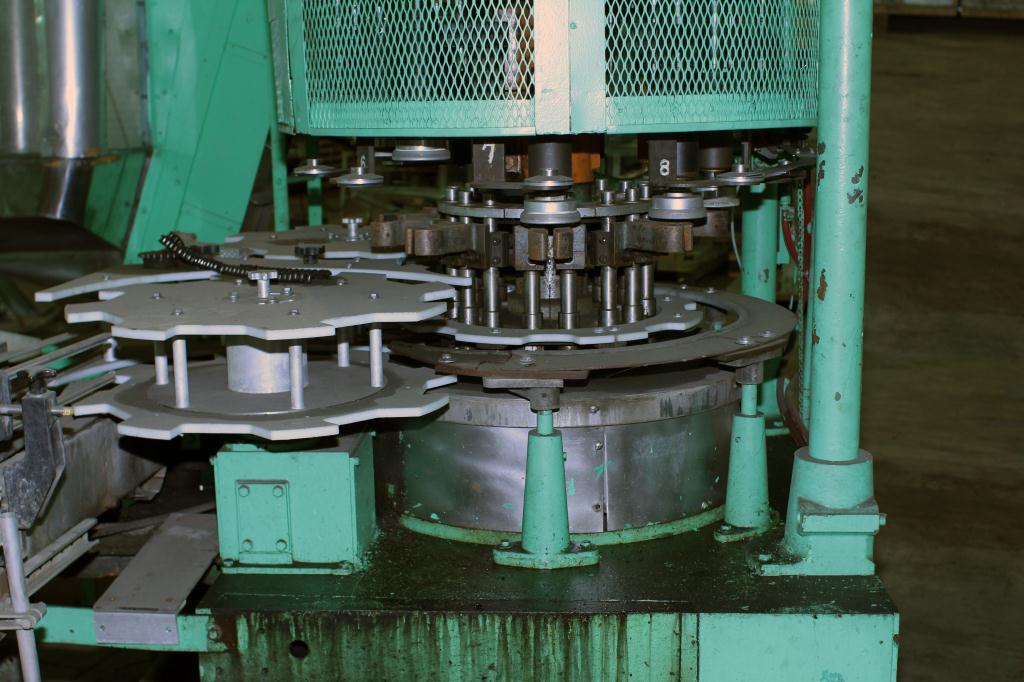 Capping Machine Pneumatic Scale screw capper model Pneumacap, 33 mm chucks3