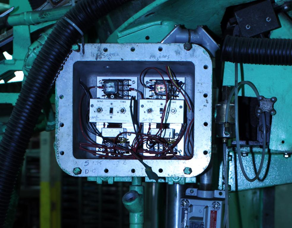 Capping Machine Pneumatic Scale screw capper model Pneumacap, 33 mm chucks7