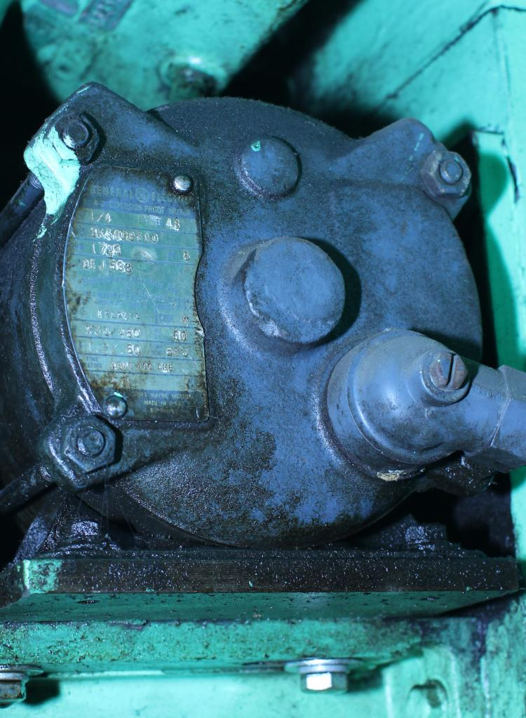 Capping Machine Pneumatic Scale screw capper model Pneumacap, 33 mm chucks11