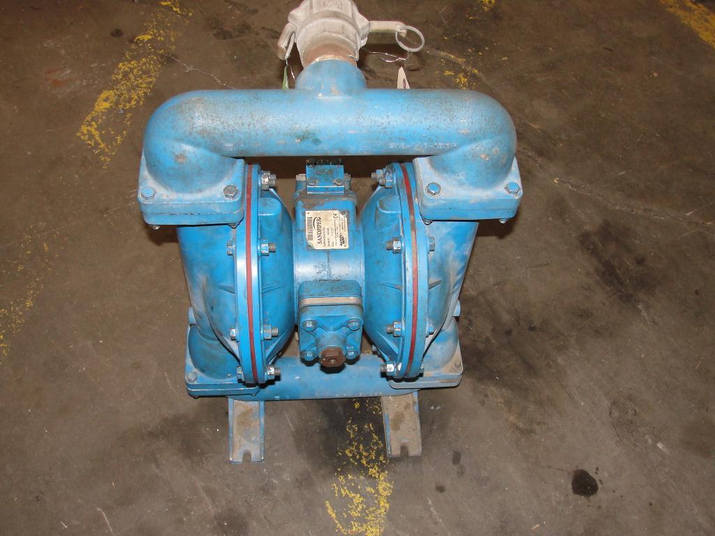 Pump 3 Warren-Rupp Sandpiper diaphragm pump, Aluminum3