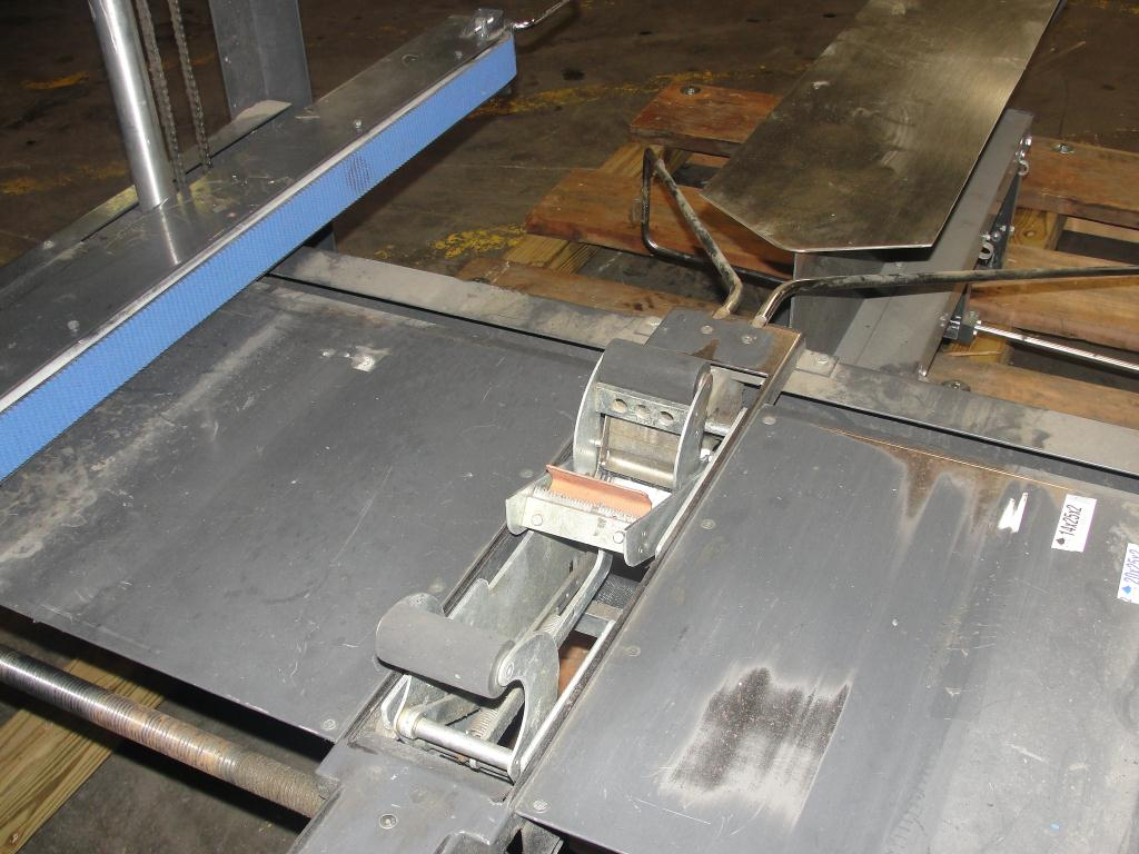 Case Sealer Loveshaw Top and bottom case taper model LD3SB-SP3044