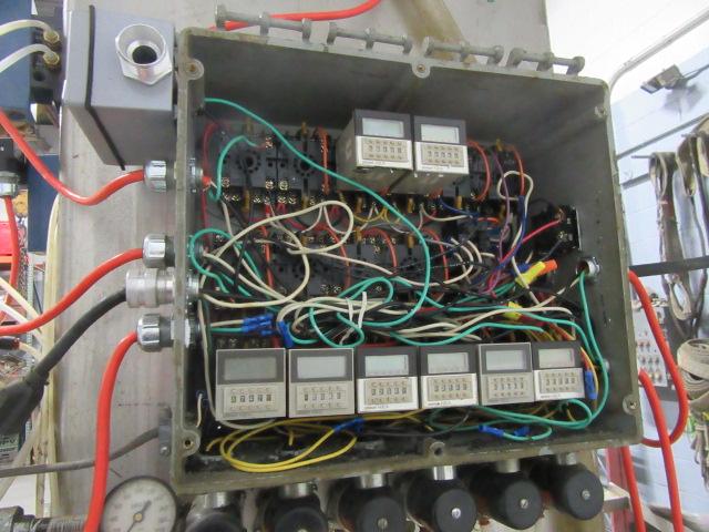 Filler 6 valve ELF liquid gravity filler adjustable from 3.5 to 9 centers10