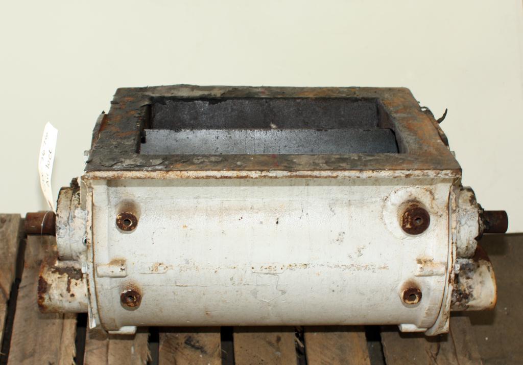 Valve 9 1/2 X 13 CS PFENING rotary airlock feeder1