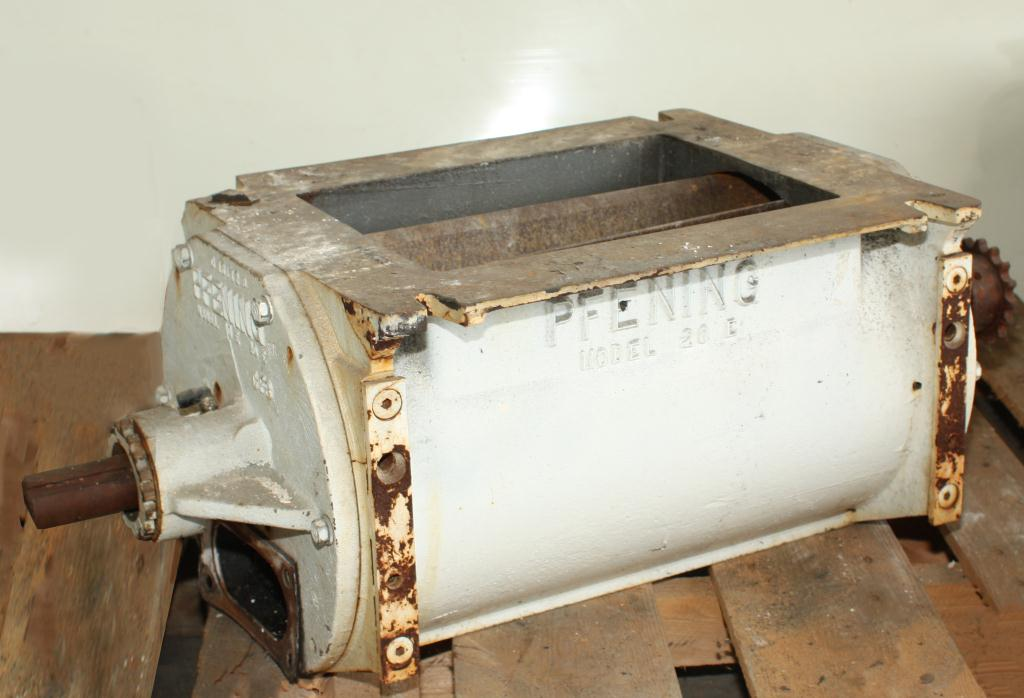 Valve 9 x 12 CS PFENING rotary airlock feeder model 10E 20E2