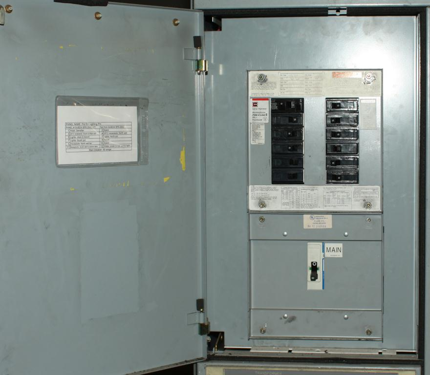 Transformers and Switchgear Furnas  Siemens Energy & Automation motor control center model Furnas System 89 3 ph5