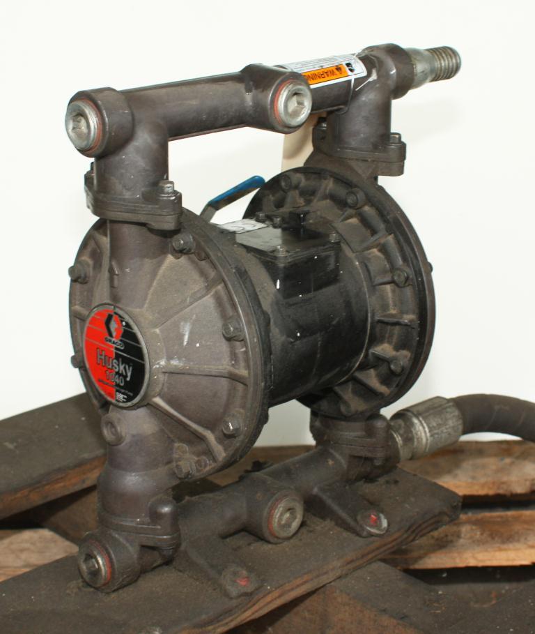 Pump 1 Graco Husky diaphragm pump, Aluminum1
