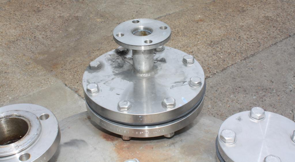 Tank 110 gallon vertical tank, Stainless Steel, dish Bottom3