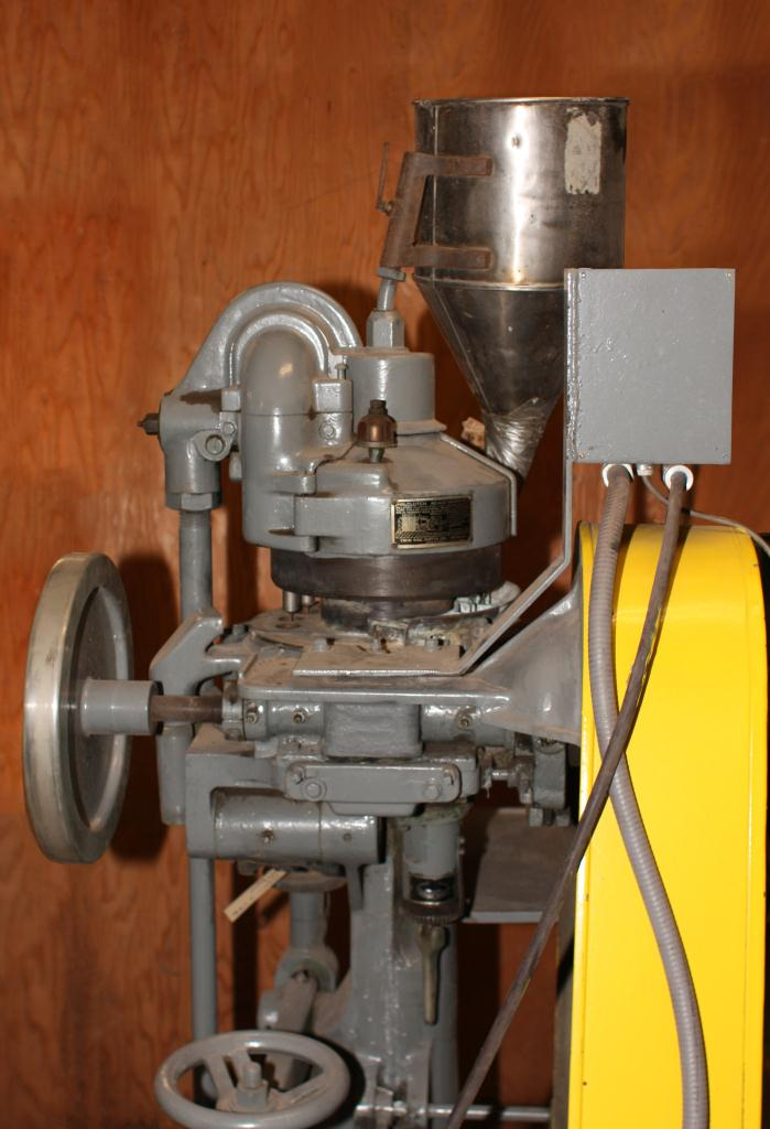 Press Stokes tablet press model 512-1, 16 stations, 4 ton, up to 5/8 dia. X 11/16 deep. tablet size4