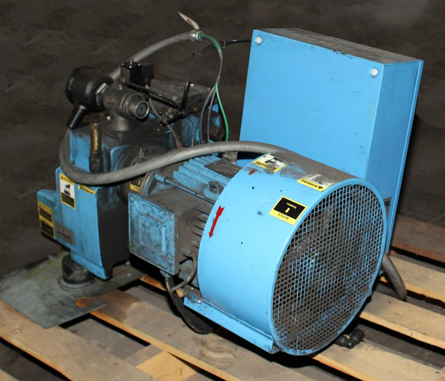 Compressor 4 hp BOGE air compressor model CL 4, 11 cfm3