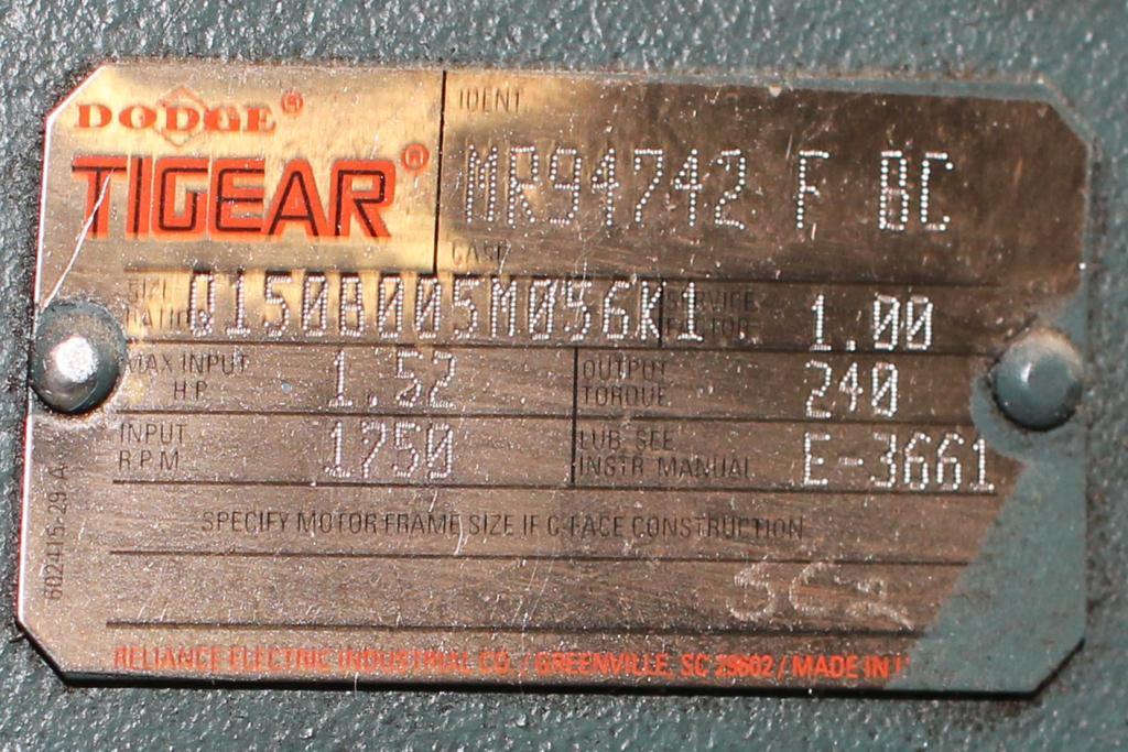 Capping Machine Ron Unger Engineering retorquer cap tightener model 34004