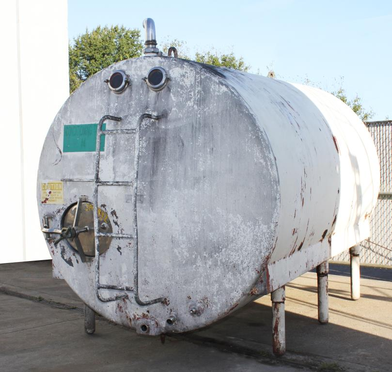 Tank 2200 gallon horizontal tank, Stainless Steel, Low Pressure jacket2