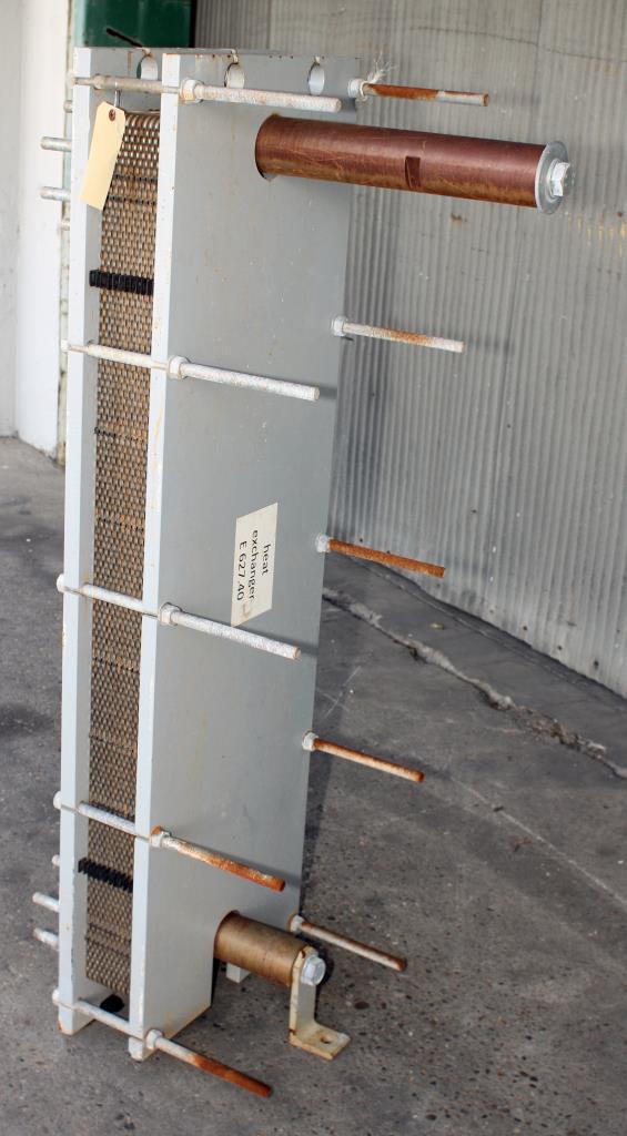 Heat Exchanger 84 sq.ft. API Schmidt plate heat exchanger, Stainless Steel Contact Parts4