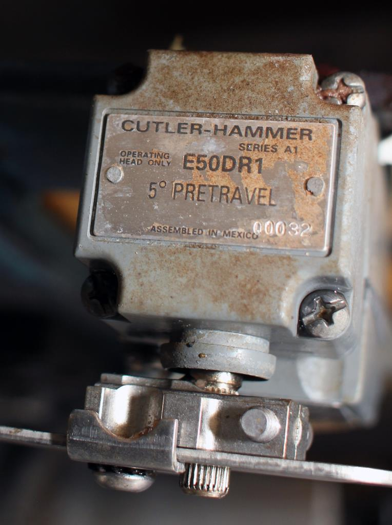 Valve 5 Smoot Co. pneumatic diverter valve5