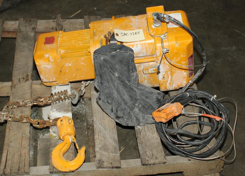 Material Handling Equipment chain hoist, 4000 lbs. Harrington Hoists and Cranes model ER 020L  ERA 1A-3401