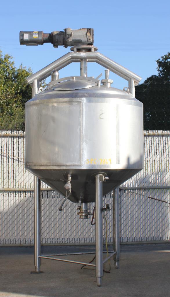 Kettle 300 gallon APV Crepaco processor kettle, agitator 1.5 hp side scrape, 75 psi jacket rating, Stainless Steel, internal baffles1