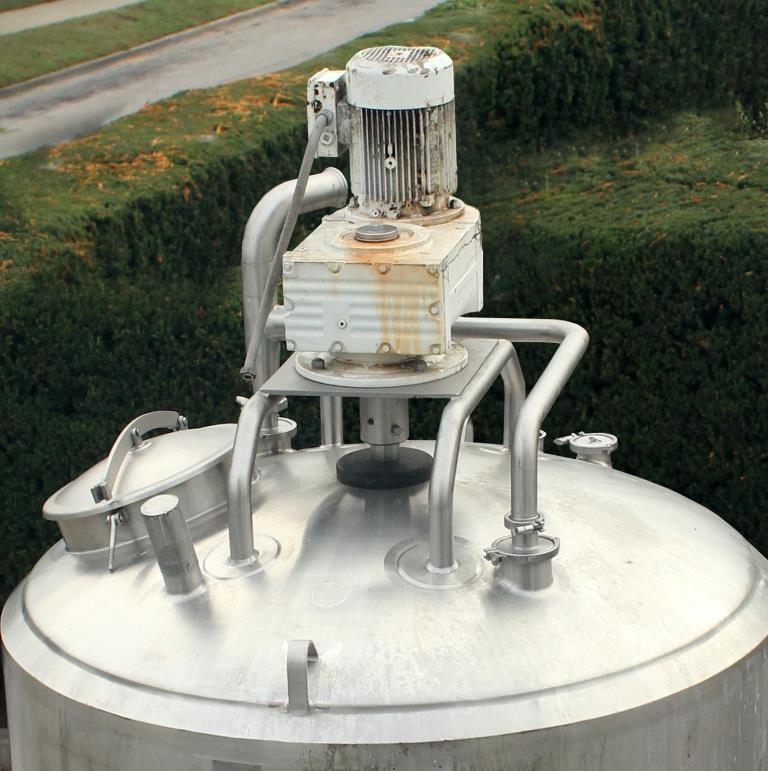 Kettle 650 gallon Sani Fab processor kettle, agitator 2 speed side scrape, 75 psi jacket rating, Stainless Steel6