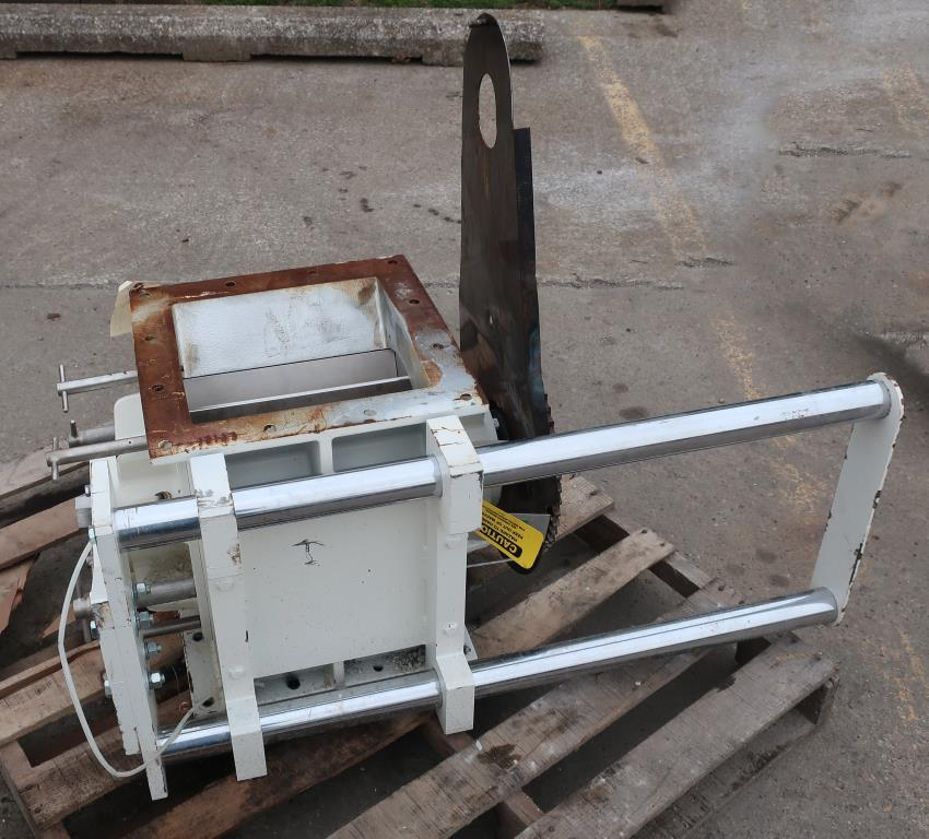 Valve 12 square  K-Tron Premier rotary airlock feeder Quick clean out.5
