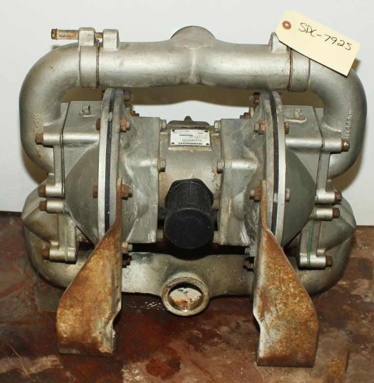 Pump 2 Sandpiper diaphragm pump, Stainless Steel1