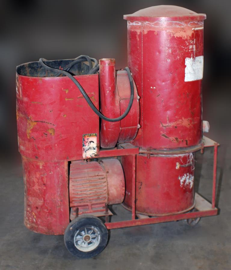 Miscellaneous Equipment 10 hp INVINCIBLE industrial vacuum cleaner model 45943