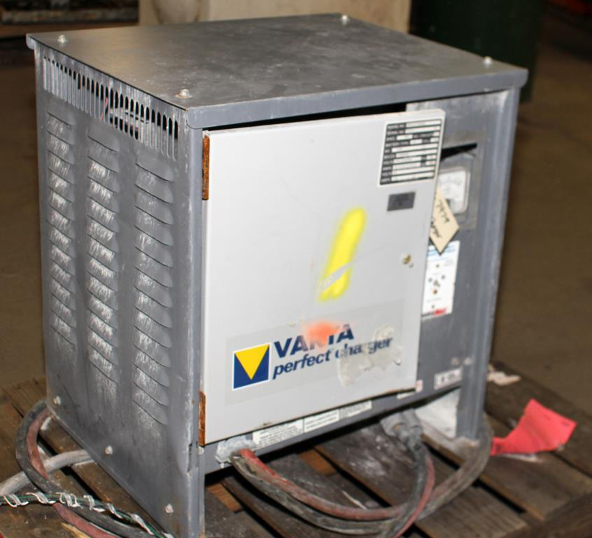 Miscellaneous Equipment battery charger, 36 volts VARTA