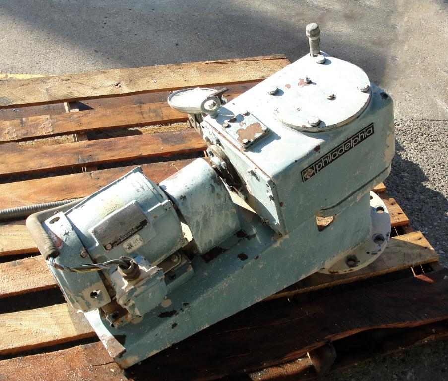 Agitator 2 hp Philadelphia Mixers top mount agitator model 3801S PTO4