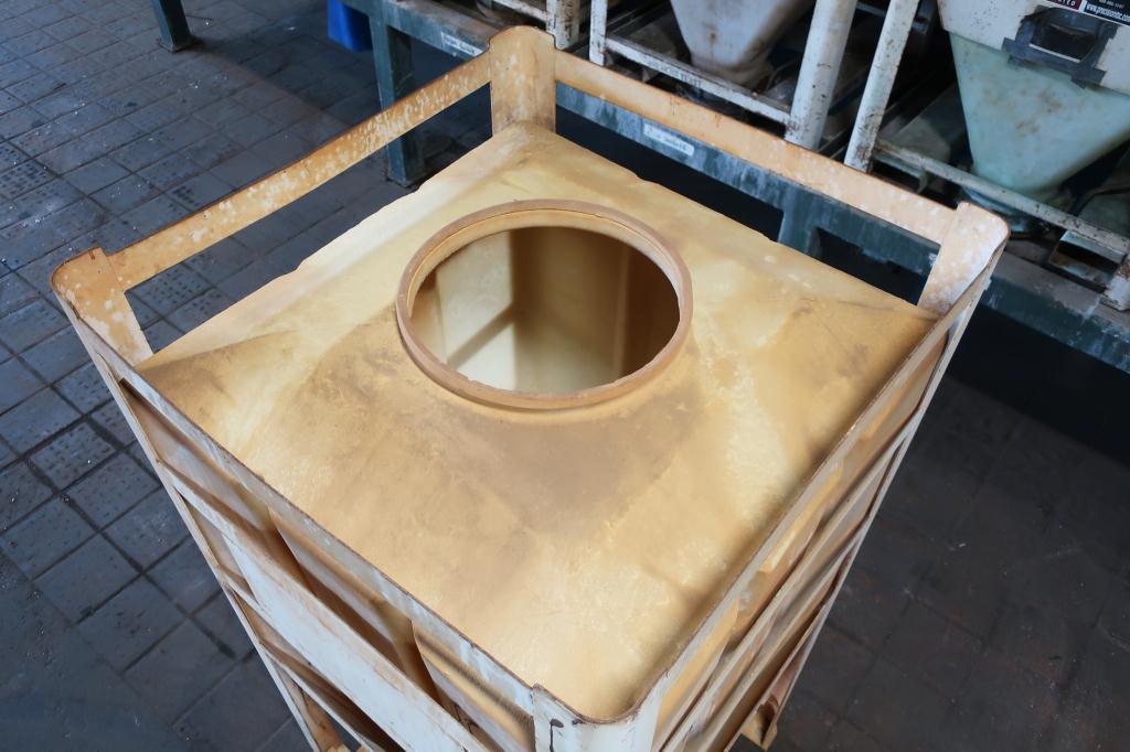 Bin 80 cu.ft., bulk storage bin, poly3