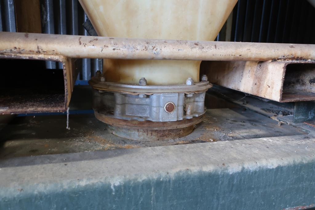 Bin 80 cu.ft., bulk storage bin, poly4