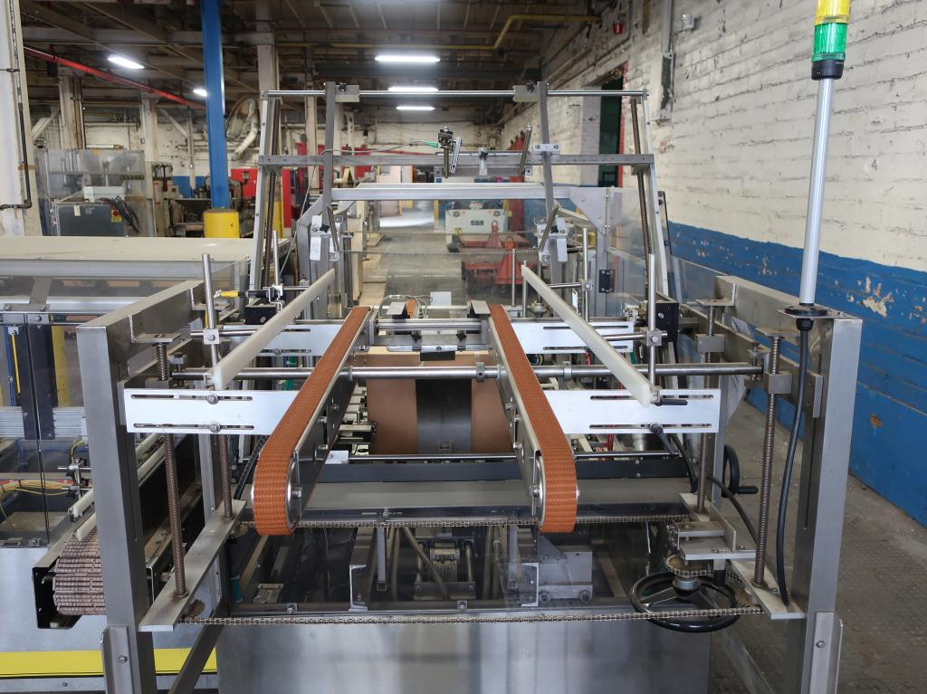 Case Packer Econocorp, Inc side-load case packer model Econocaser, up to 600 cartons per hour7
