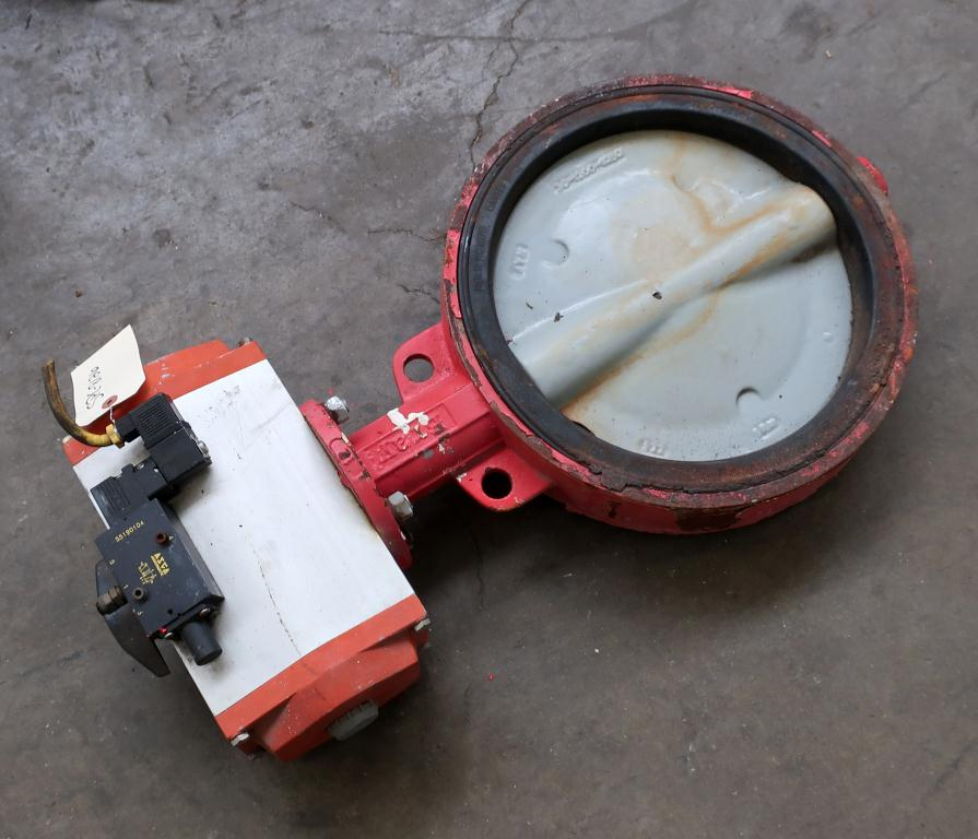 Valve 12 Bray butterfly valve model 90-1270-21321-532, CS, Pneumatic operator
