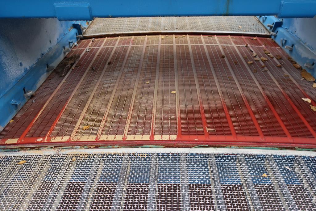 Screener and Sifter Derrick Mfg Corp. rectangular shaker screener, CS7