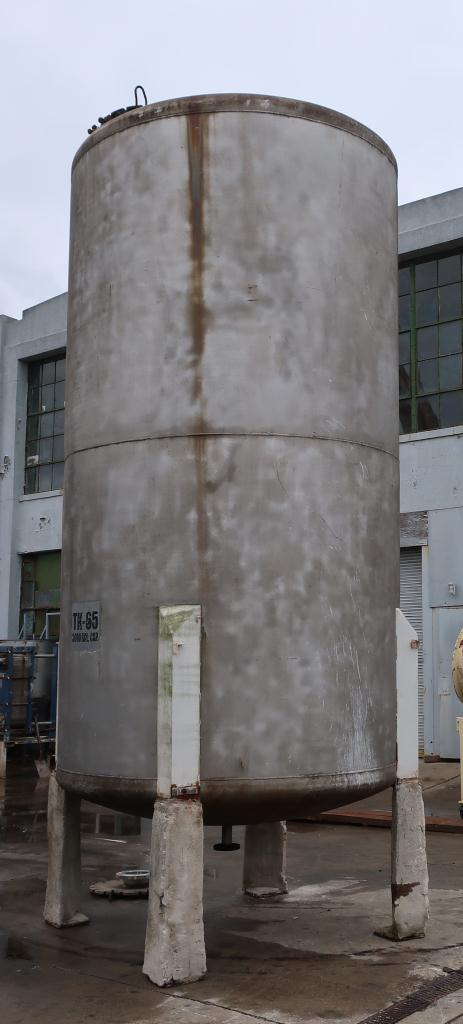 Tank 3000 gallon vertical tank, Stainless Steel, dish bottom4