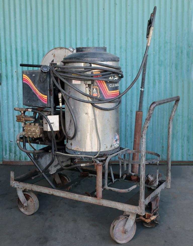 Miscellaneous Equipment Aaladin model 1450 pressure washer, 7.5 hp, 2000 psi, 5 gpm, 440,000 b.t.u.1