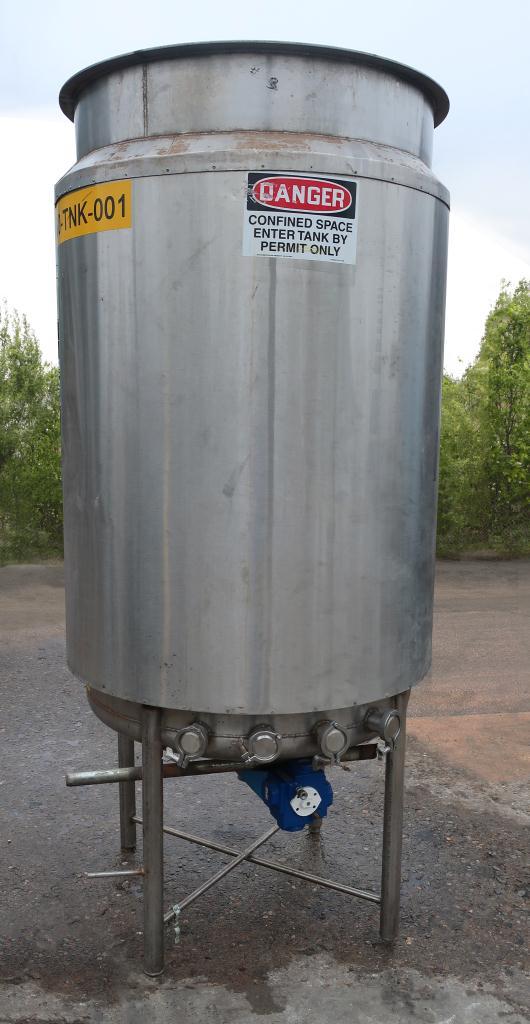 Tank 250 gallon vertical tank, Stainless Steel, dish bottom3