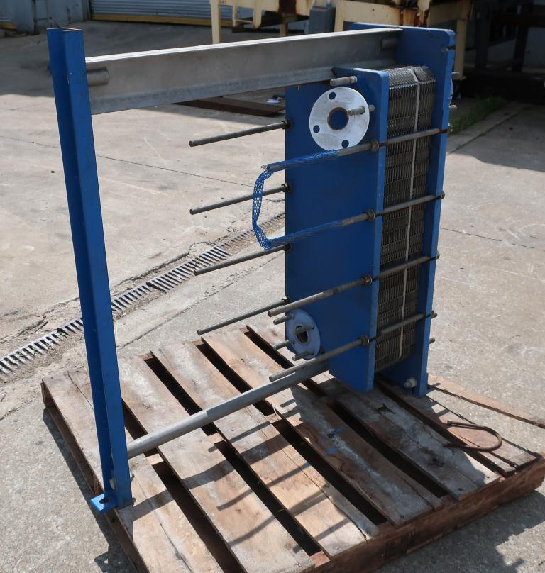 Heat Exchanger 79 (Approx.) sq.ft. APV plate heat exchanger, Stainless Steel Contact Parts3