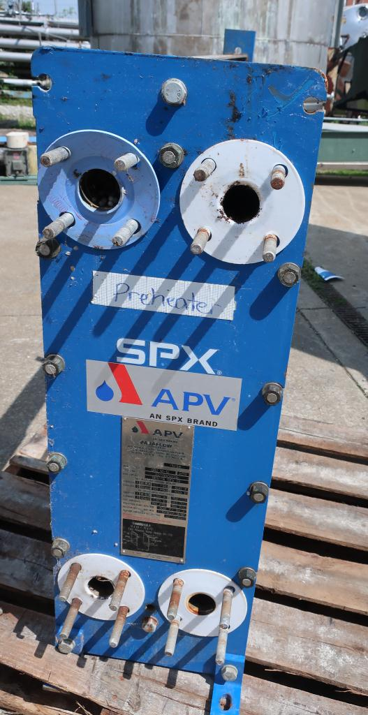 Heat Exchanger 79 (Approx.) sq.ft. APV plate heat exchanger, Stainless Steel Contact Parts5