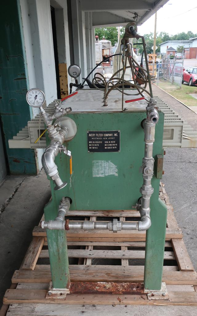 Filtration Equipment 2 cu.ft. Avery Filter Co. recessed plate filter press model 470LS/12/32, poly2