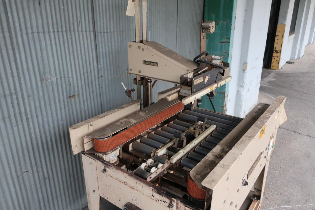 Case Sealer Bemis case taper model 1020S3