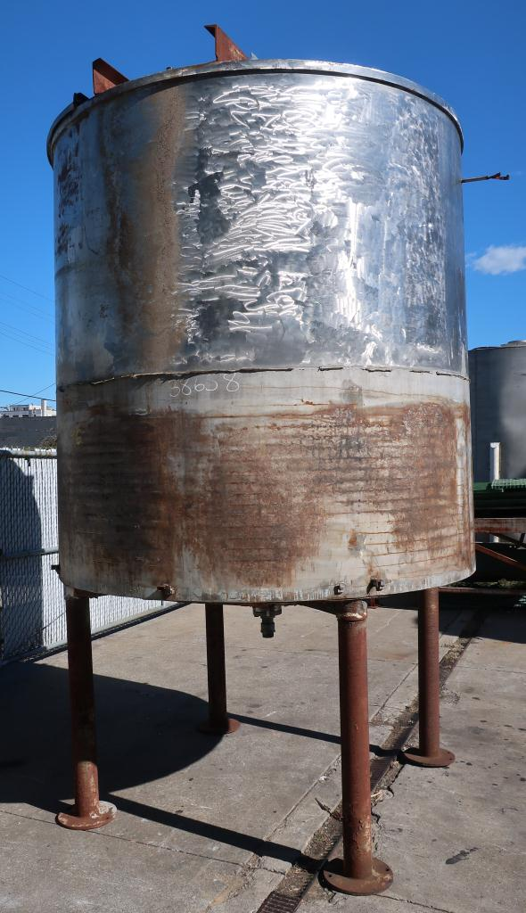 Tank 1900 gallon vertical tank, Stainless Steel, conical Bottom3