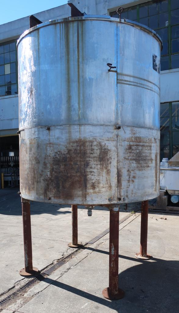 Tank 1900 gallon vertical tank, Stainless Steel, conical Bottom5